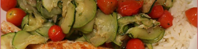 Zucchini-Tomaten Pfanne mit Pangasius