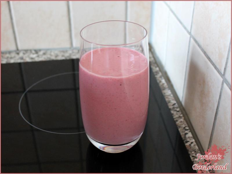 Erdbeer-Müsli-Shake